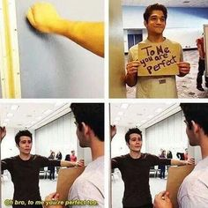 Teen Wolf Dylan O'Brien (Stiles Stilinski) and Tyler Posley (Scott McCall) they're adorable Stiles Teen Wolf, Scott E Stiles, Teen Wolf Boys, Teen Wolf Dylan, Teen Wolf Cast, Teen Wolf Memes, Teen Wolf Funny, Teen Wolf Quotes, Mtv