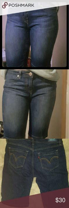 Levi's above the knee jean capris Only worn a couple times, very comfy --Remember purchasing any item from my closet for  $10 or more (excluding shipping) gets you a free mystery gift from now up until May 15th 2017. 2 mystery gifts if you order a bundle from me! Happy shopping! -- Levi's Pants Capris