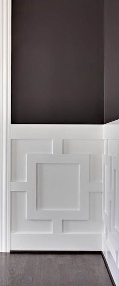 Fabulous Tips: Wainscoting Brown Interior Design wainscoting stairway home.Wainscoting Board And Batten Basements. Wainscoting Stairs, Wainscoting Ideas, Wainscoting Bathroom, Painted Wainscoting, Black Wainscoting, Wainscoting Height, Bathroom Closet, Basement Bathroom, Deco Restaurant