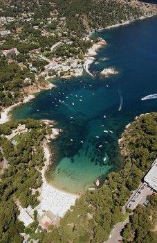 Cap Sasal. #Begur, uno de los lugares más bonitos de la #CostaBrava. http://www.viajarabarcelona.org/ciudades-cercanas/costa-brava/ #Girona #Catalunya