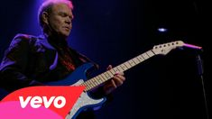 The incredible Glen Campbell recorded his last song and we have the video for you here. Watch & enjoy.