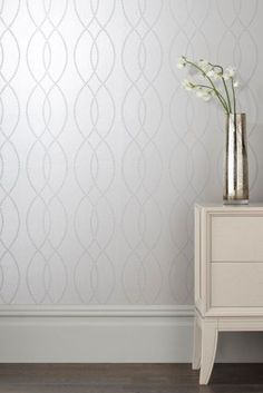 Fancy adding a feature wall into your home without being TO bold? With a hint of metallic, our Beaded Wave wallpaper will look super glam. Decor, Hallway Decorating, Room Wallpaper, Feature Wall Bedroom, Living Room Decor, Home Decor, Bedroom Decor, Hallway Wallpaper, Interior Design Living Room