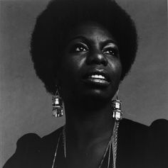 Protests have greeted the news that the light-skinned actress Zoe Saldana will play the singer Nina Simone.