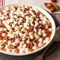 Delight in this rich Maple-Sweet Potato Casserole recipe tonight. The perfect side dish, our Maple-Sweet Potato Casserole can also be made ahead. Thanksgiving Side Dishes, Thanksgiving Recipes, Holiday Recipes, Thanksgiving 2017, Whipped Sweet Potatoes, Sweet Potato Pecan, Hashbrown Casserole, Sweet Potato Casserole, Vegetable Casserole