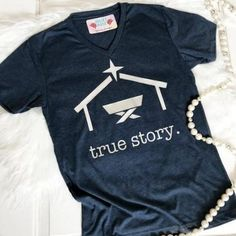 True Story T-shirt Source by Look t-shirt Look T Shirt, Shirt Style, Jack Kirby, Christmas Vinyl, Christmas Mom, Christmas T Shirt, Cute Christmas Sayings, Christmas Family Shirts, Christian Christmas Crafts