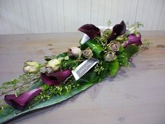 Funeral arrangement with roses and calla lilies | Bloemist Moorslede | Bloemen Vandamme