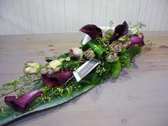 Funeral arrangement with roses and calla lilies | Bloemist Moorslede | Bloemen Vandamme