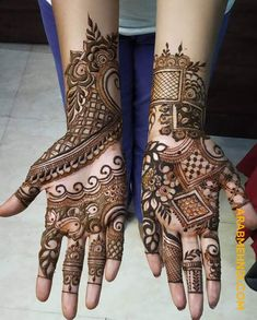 50 Most beautiful Sharjah Mehndi Design (Sharjah Henna Design) that you can apply on your Beautiful Hands and Body in daily life. Mehndi Desing, Back Hand Mehndi Designs, Mehndi Designs Book, Mehndi Designs 2018, Mehndi Design Pictures, Mehndi Designs For Girls, Unique Mehndi Designs, Wedding Mehndi Designs, Beautiful Mehndi Design