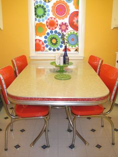 Melissa DIY refinishes and reupholsters her dinette and Cosco high chair: Fabulous!