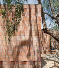 via heavywait - modern design architecture interior design home decor & Natural Homes, Building Exterior, Architecture, Reading, Decoration, Terracotta, House, Wood, Nature