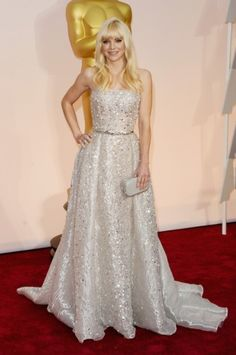 Anna Faris - Oscars 2015. Click on the image for our entire Oscars coverage including all the dresses.