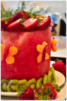 Ideias para fazer bolos com Melancia e outras frutas.   São lindos e coloridos.