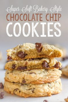 Super Soft Bakery Style Chocolate Chip Cookies
