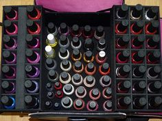 nail polish storage case | this multi pocketed nail polish storage case is very orderly and easy ...