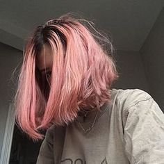 """""""Cabelo colorido só fica bom quando acaba de ser lavado.""""   24 motivos pelos quais as garotas morenas não devem pintar o cabelo"""