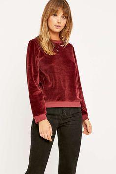 Urban Outfitters – Pullover aus Velours mit Rundhalsausschnitt