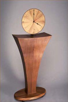 I'm going to make this out of dark walnut :) Craftsman Clocks, Clocks Inspiration, Trophy Design, Wood Fish, Modern Clock, Wall Clock Design, Table Lamp Wood, Clock Art, Wood Worker