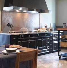 La Cornue, Piano, Building A House, Display, Interior, Kitchen, Home Decor, Kitchens, Floor Space