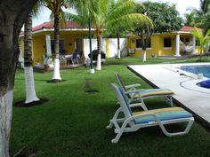 Se vende hermosisimo Rancho en Villas Salinitas con valúo bancario de $158,000 Y en ganga en $138,000 en playas de salinitas El Salvador! Busca más info en portalmodels@gmail.com y fan page en Facebook El Portal de lo que necesites o instagram #pyprealstateelsalvador o aquí!
