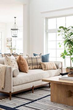 Cool White Living Room Design Ideas For Your Best Collection Home Living Room, Living Room Designs, Living Room Furniture, Target Living Room, Apartment Living, Dining Rooms, Living Spaces, Home Interior, Interior Design