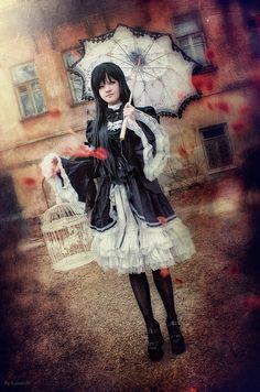 Dark lolita | Flickr - Photo Sharing!