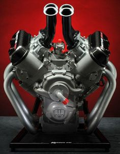 Motus Motorcycles Completes World's First Direct Injected V4 Engine