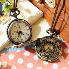 うさぎが可愛い アンティーク調 革紐 懐中時計 ブロンズ Watch ¥1575円 〆03月19日