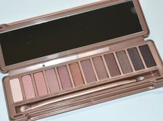 Urban Decay Naked3 Comparison Shots- If you have Naked & Naked2, Do You Need Naked3?