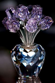 #08.31. Stacked cristal flowers