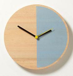 Primary Clock by David Weatherhead and GOODD for Thorsten van Elten