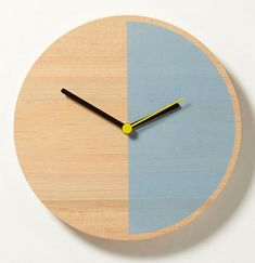 Primary Clock by David Weatherhead and GOODD for Thorsten van Elten