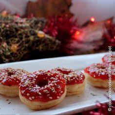 Donuts de Queso Provolone y Mermelada de Pimientos Asados
