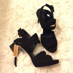 """NWT Zara Basic Genuine Suede Strappy Heels Brand New with tags and comes with a set of replacement heels. Plastic still on the bottom. Genuine suede leather. Size says 41 Euro, 10 US, but fits a size 9 better. (Purchased in Europe so seems to run smaller). 5"""" heel. Sexy and sophisticated shoe! Zara Shoes Heels"""