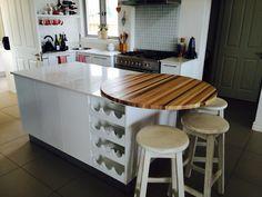 Multiple wood worktop with flat panel doors