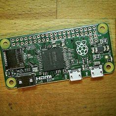 Something we loved from Instagram! Ajude a RecLabi e concorra a um Pi  Zero! Nossa campanha crowdfunding está no ar! Você ganha um adesivo Raspberry PI e ainda concorre a 01 PI zero por apenas R$10 #crowdfunding #pizero #reclabi #arduinobrasil  #raspberrypi  #maker #iot #computer #arduino by reclabi Check us out http://bit.ly/1KyLetq