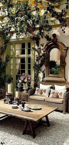 A Fabulous Outdoor Room | via providenceltddesign.com