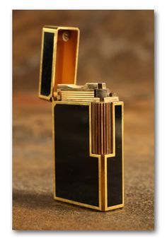 Engraved ST Dupont Black Chinese Lacquer and Gold Lighter c. 1970s