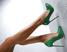 MADE IN ITALY CLASSIC LUXUS PIGALLE HIGH HEELS A58 PUMPS SCHUHE LEDER GRÜN 36