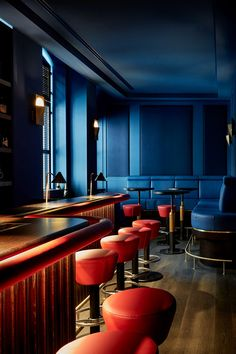 〚 Tortue Hotel in former ministry building in Hamburg, Germany〛 ◾ Фото ◾Идеи◾ Дизайн Design Hotel, Restaurant Design, Hotel Specials, Lobby Bar, Cozy Backyard, Velvet Furniture, Hotel Services, Lounge, Hotels
