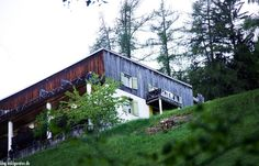 Briol Barbian Wanderlust, Cabin, Servus Tv, House Styles, Plants, Hotels, Home Decor, Alps, Travel Advice