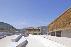 Liceo Regional René Goscinny / José Morales & Rémy Marciano