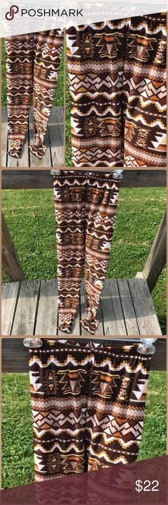 Listing! Brown Tribal Leggings! NEW! Brown Aztec tribal leggings. Marked one size fits all - best suited for a size small to medium. NWT! Boutique Pants Leggings