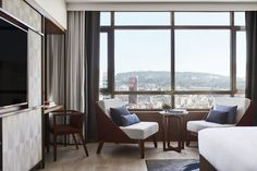 Nobu Barcelona: de Niro Hotel in Spanien - The Chill Report Kintsugi, Barcelona Hotels, Gaudi, Ibiza, Rockwell Group, Japanese Minimalism, Management Styles, Contract Furniture, Al Fresco Dining