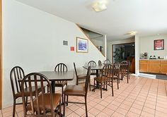 Enjoy breakfast in this seating area #EconoLodgeMonteVista #EconoLodge #MonteVista #Colorado #Travel #Explore #FamilyFun #Hotel #Lodge #Inn #Motel