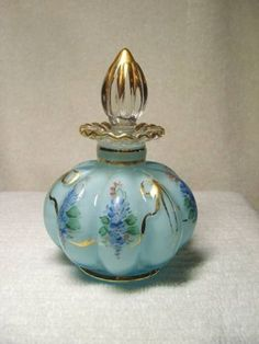 Beautiful Fenton Hand Painted Ribbed Cased Glass Perfume Bottle Gold Accents
