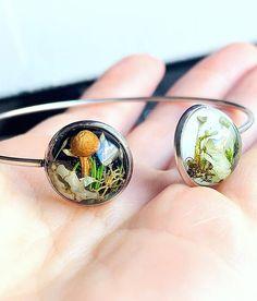 Botanical terrarium bracelet Spring nature gift Unique image 0