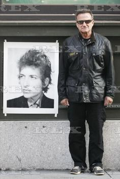 Robin Williams. Bob Dylan.