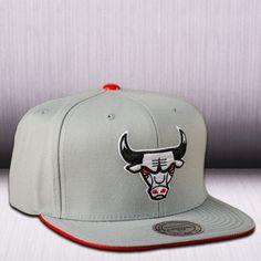 Mitchell & Ness NBA Chicago Bulls Katrina 3 POP Color Strapback Cap