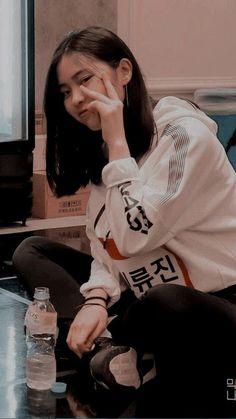Kpop Girl Groups, Korean Girl Groups, Kpop Girls, Kpop Aesthetic, Aesthetic Girl, Gogo Tomago, K Wallpaper, Girl Crushes, Girl Face