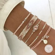 Swarovski Vintage Rose and other vintage pink bracelets - Frauen Schmuck - Frauenschmuck Diy Jewelry Unique, Diy Jewelry Making, Cute Jewelry, Jewelry Crafts, Beaded Jewelry, Beaded Bracelets, Silver Jewelry, Jewelry Art, Jewlery